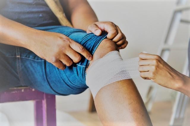 térdfájdalom kezelés)