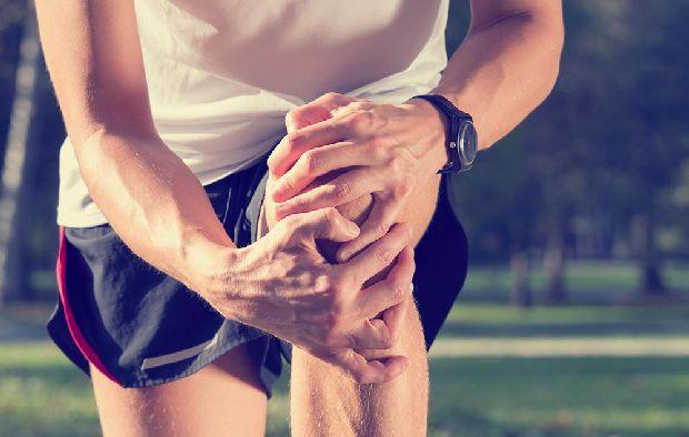 térdízület fáj a futás után)