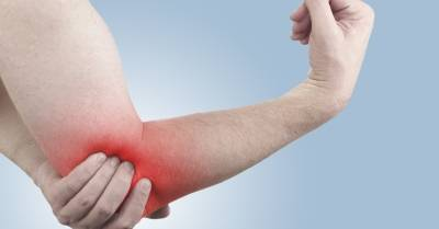 könyökízületi fájdalom edzés közben