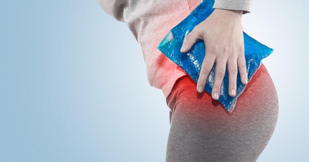 fájó fájdalom a csípőben és az alsó háton)