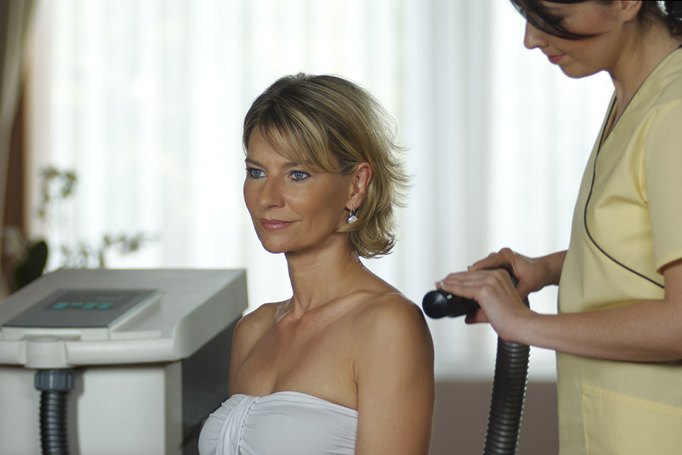 szálloda ízületi kezelés)