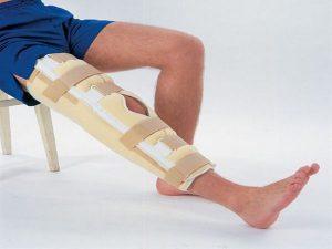 a bokaízület sípcsont-ligamentumainak károsodása)