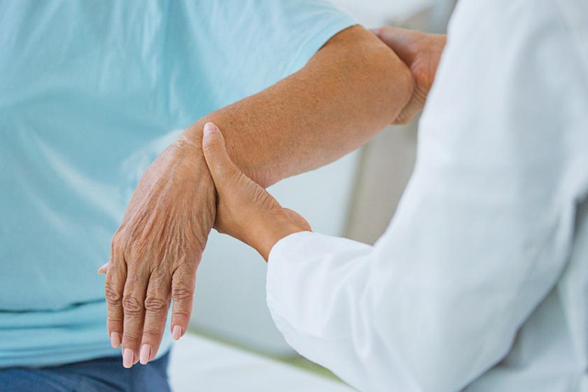 a kéz ízületének ízületi tünetei és kezelése)