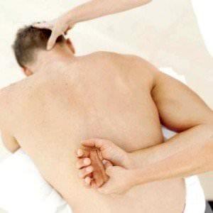 súlyos fájdalom esése után a vállízületben