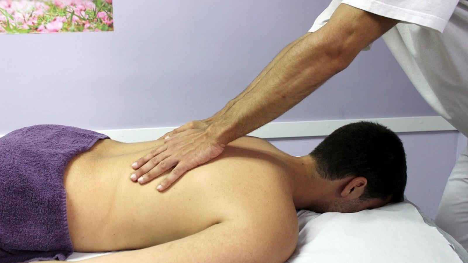 Kézi terapeuta - Masszázs -
