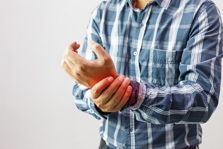 ízületi fájdalom, melyik orvoshoz kell fordulni