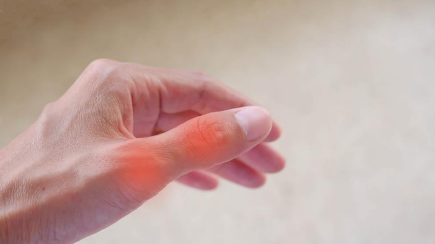 fájdalom a sérült ujj ízületében