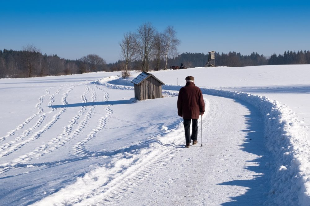 ízületi fájdalom tél után)