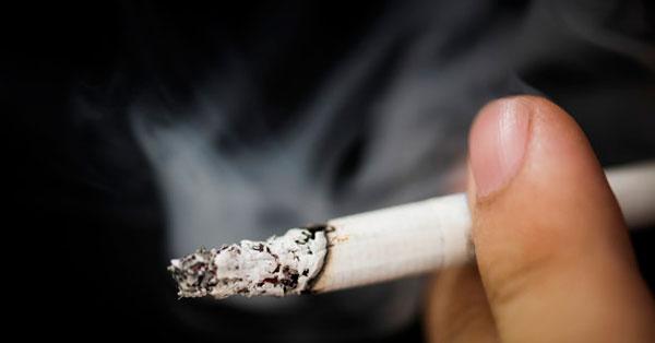 ízületi fájdalom a dohányzás után)