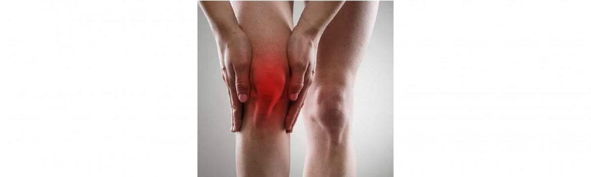 a térd fájdalma a lábig)