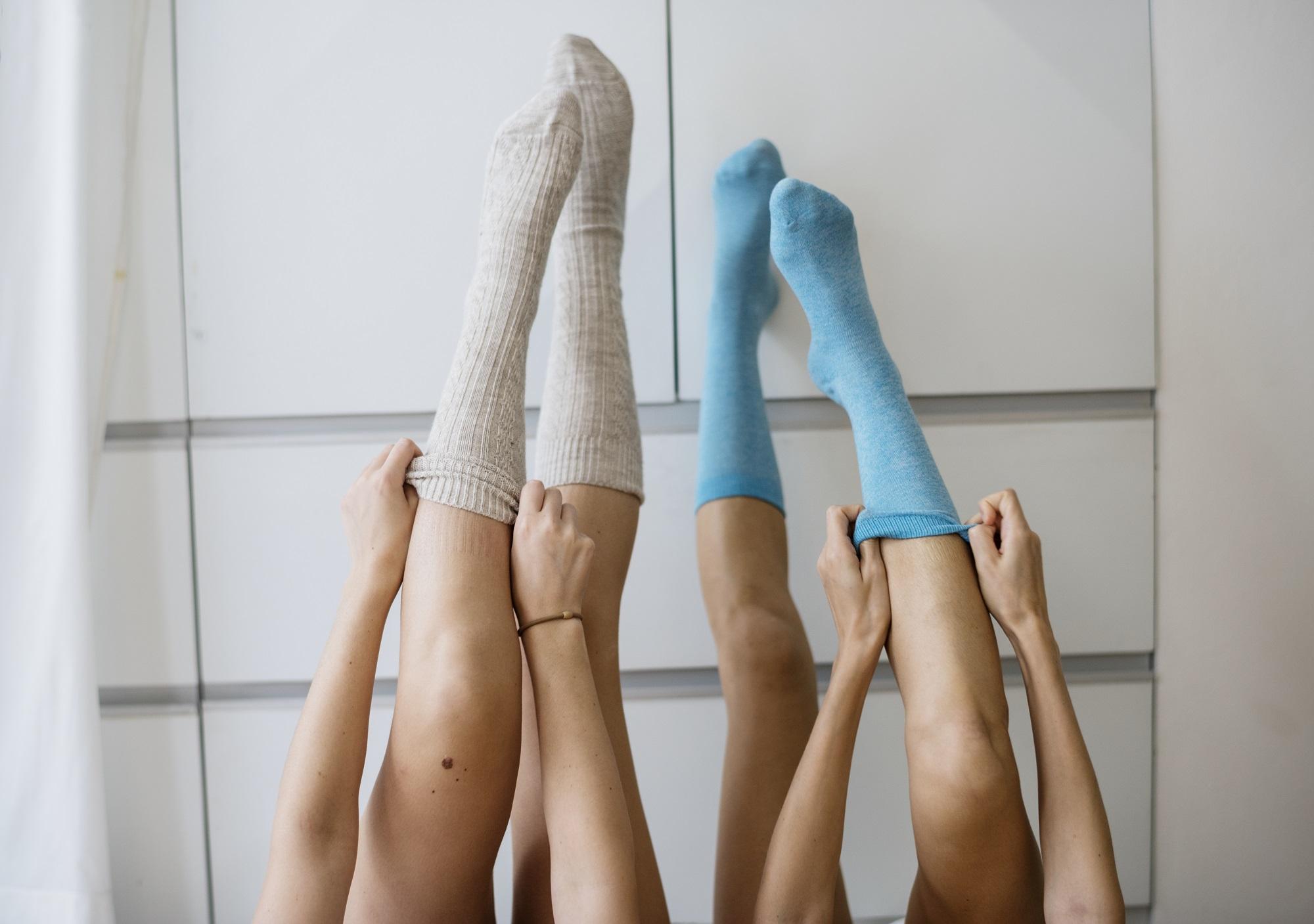 kúp a lábak ízületeiben)