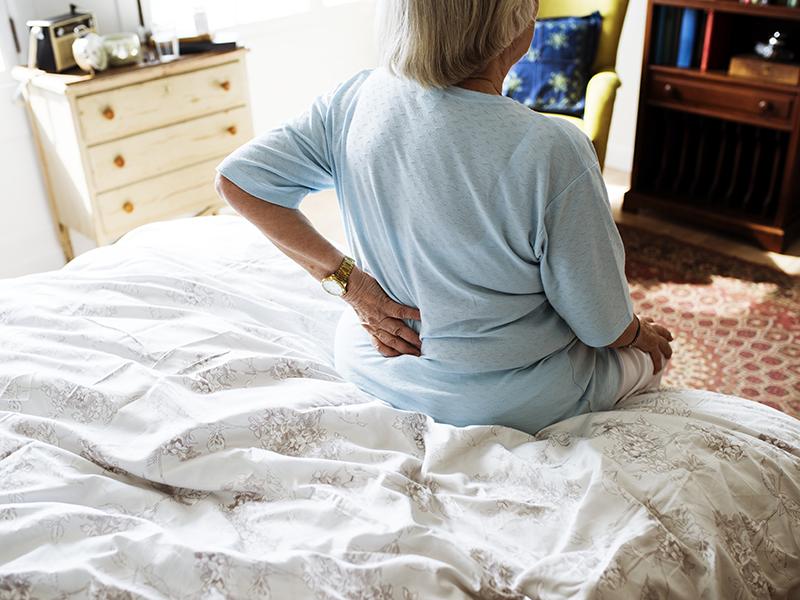 az ortopéd orvos az ízületeket kezeli)