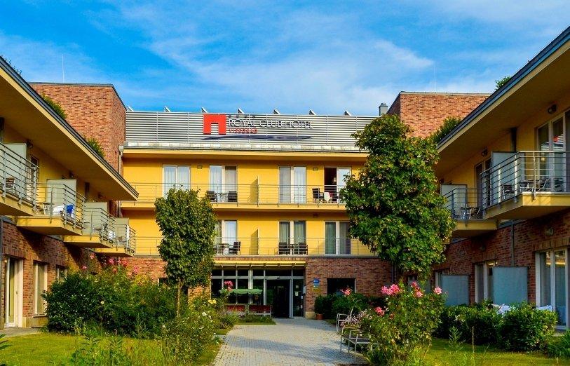 szálloda ízületi kezelés
