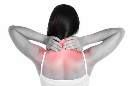 tartós fájdalom a nyakon és az ízületeken