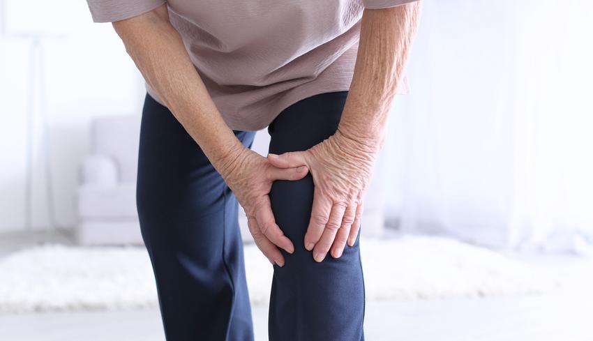 a lábak és a has alsó ízületei fájnak