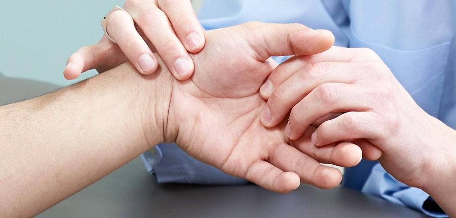 fájdalom húzása a csípőízület kezelésében jobb váll fájdalmának lelki okai
