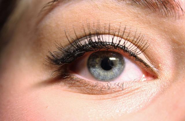 ízületi fájdalom, vörös szem